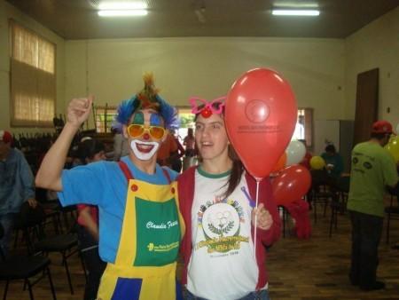 Agro-Pertences comemora o Dia das Crianças na APAE